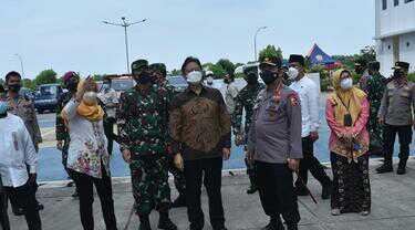 Panglima TNI Bersama Kapolri Tinjau Kesiapan Rusun Nagrak untuk Isolasi Covid-19