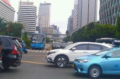PPKM Level 4 Jakarta Diperpanjang, Perkembangan Kasus Menurun